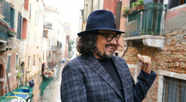 Alessandro Borghese torna su Sky e Now Tv: «Il lockdown? Ho approfondito i gusti delle mie figlie»