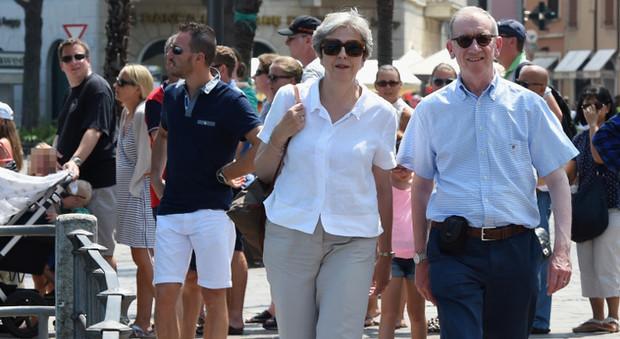 Ferie sovraniste in Italia: Merkel sceglie la Spagna