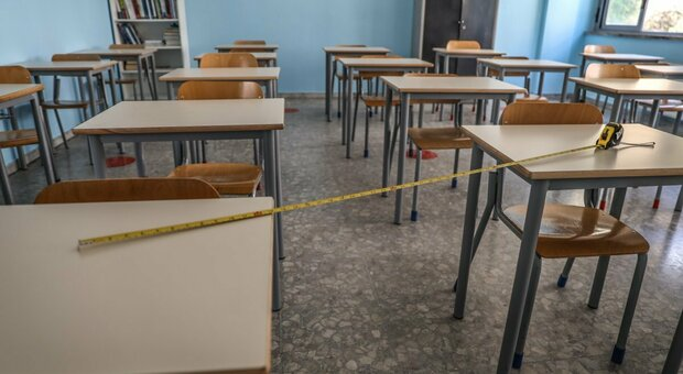 Roma, assunzioni flop a scuola di Raggi e ministero: mancano 2.000 docenti