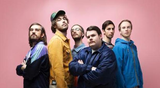 Pinguini Tattici Nucleari, testo e significato di Ringo Starr : la musica come antidoto contro l'indolenza