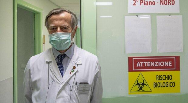 Dpcm, l'infettivologo Andreoni: «Misure tardive, potrebbero non bastare»