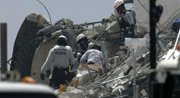 Palazzo crollato a Miami, ancora 159 dispersi. «Non abbiamo trovato nessuno»