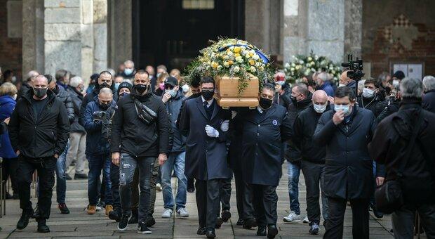 L'ultimo saluto a Mauro Bellugi: da Marotta a Moratti, in centinaia al funerali dell'ex Inter