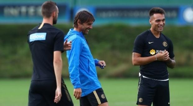 Il Sassuolo riparte per primo. Inter, sedute individuali da martedì. Napoli, da domani i tamponi