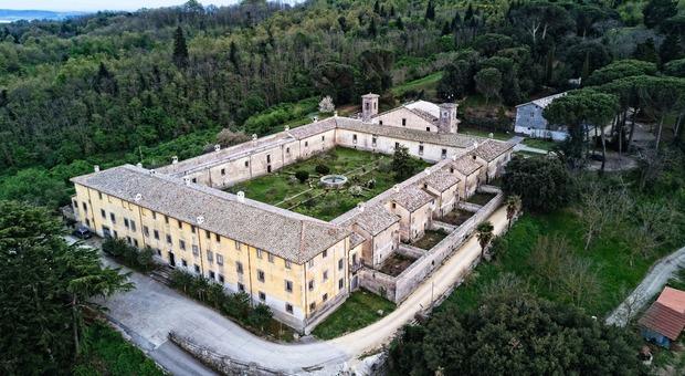 L'eremo nei boschi di Canale Monterano, a pochi chilometri da Bracciano.