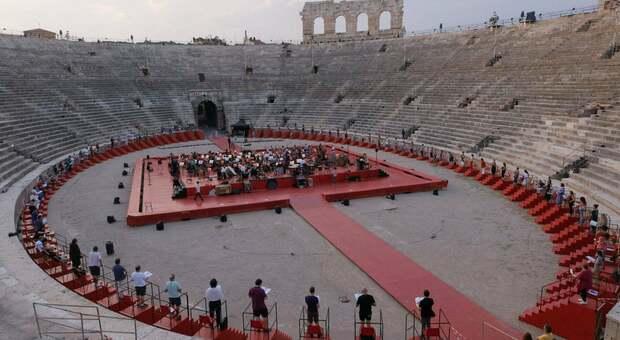 Scontro Franceschini-Salvini sull'Arena di Verona