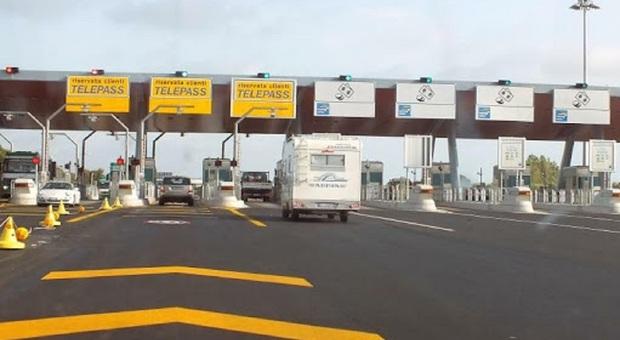 Autostrada tirrenica, bocciata la richiesta del Comune di Tarquinia. Niente esenzione per i residenti