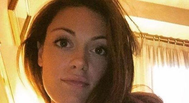 Studentessa morta all'incrocio, le cinture erano bloccate: si aggrava la posizione del fidanzato