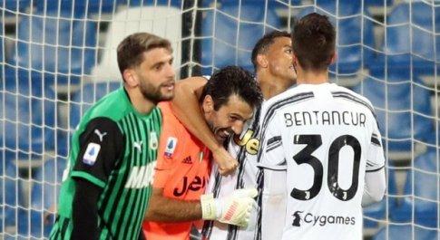 Il Sassuolo gioca, la Juve vince e spera ancora nella Champions