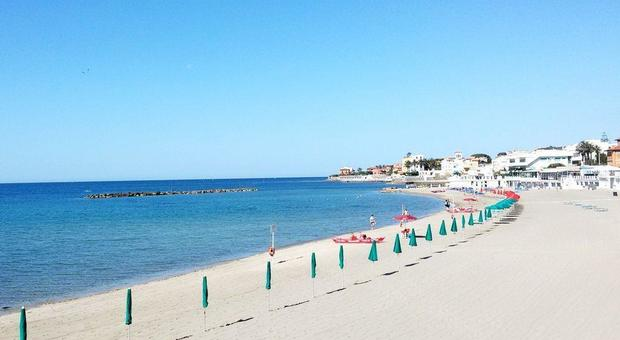 spiaggia centrale s marinella