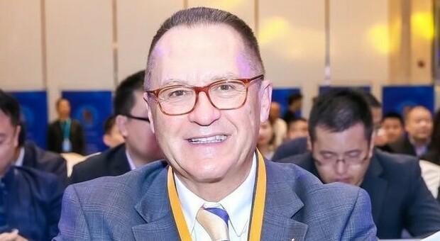 Covid, l'immunologo Pio Conti: «La pandemia colpisce i più poveri»