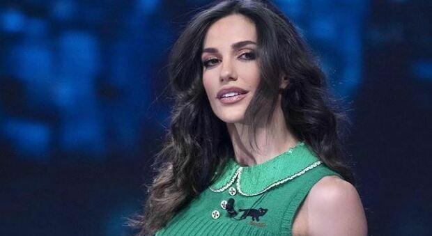 Elena D'Amario, il dramma a Verissimo: «È stato operato, sono stata con lui notte e giorno»