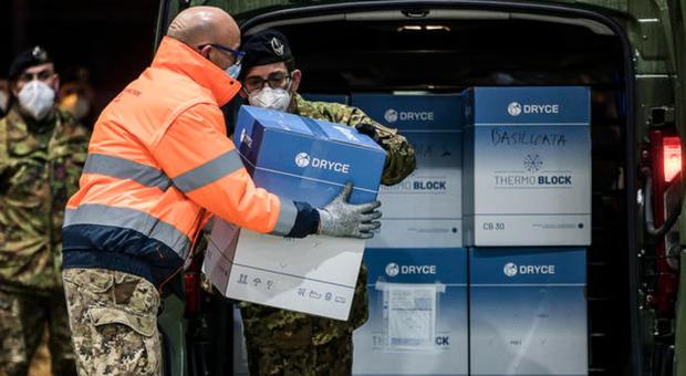 Astrazeneca, la Serbia regala 25mila dosi di vaccino agli Stati vicini: «Venite a prenderle»