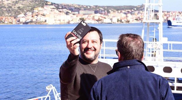 Matteo Salvini durante il tour elettorale in Sardegna