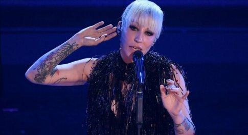 """Malika Ayane, testo e significato di """"Ti piaci così"""": canzone Sanremo 2021"""