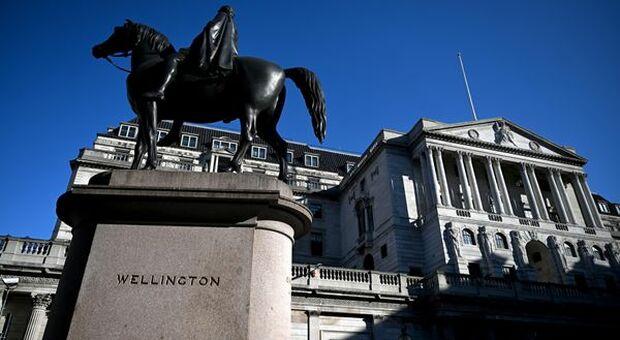 BOE, Broadbent: aumento prezzi attuale non significa maggiore inflazione a 18-24 mesi