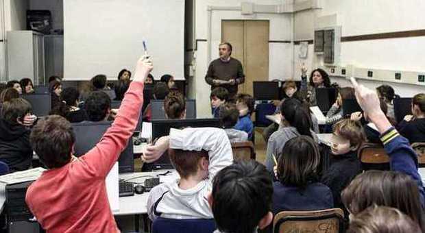 Scuola, arrivano 6 milioni di euro per i professori di religione