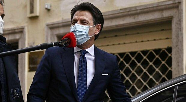 Giuseppe Conte torna professore, venerdì terrà lezione all'Università di Firenze