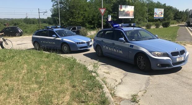Furti e rapine con le auto a noleggio: fermati tre giovani di Ostia