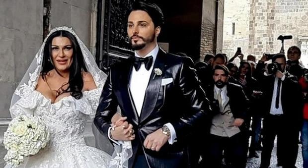 Nozze trash a Napoli, è crisi tra Tony Colombo e la vedova del