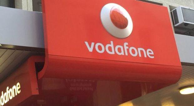 Vodafone Italia chiude il semestre con ricavi e clienti in crescita