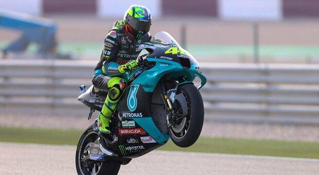 Doha, male Valentino: parte ventunesimo. Martin in pole position, Morbidelli decimo
