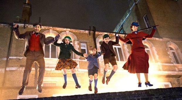 Mary Poppins ritorna e ha il volto di Emily Blunt 5eb50d95863f