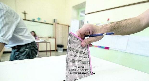 Frosinone, 65 candidati a sindaco nei 24 Comuni al voto: lista esclusa ad Arce, c'è già un vincitore a Trivigliano