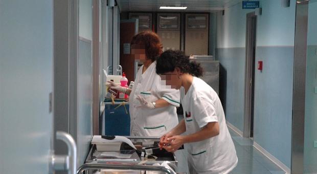 Medici, 4 su 10 non aggiornati: la protesta delle associazioni di pazienti e specialisti