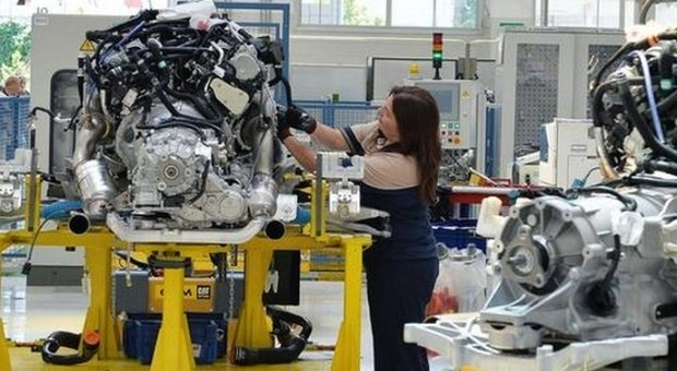 Occupazione, Istat: torna a crescere dopo 4 mesi, soprattutto tra donne over 35