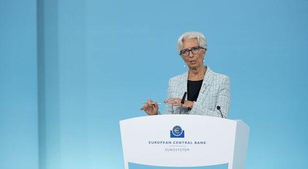 """BCE, Lagarde: """"Schiacciante maggioranza in Consiglio su guidance tassi"""""""