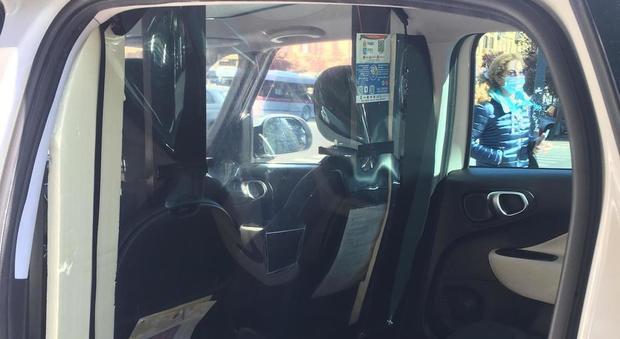 Taxi, solo uno su tre dotato di barriere anti Covid per clienti: «In caso di incidenti non sono affidabili»