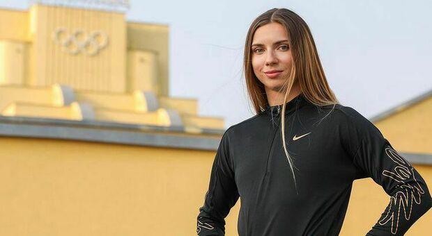 L'atleta bielorussa Timanovskaja costretta a rimpatriare prima della finale: aveva criticato il regime