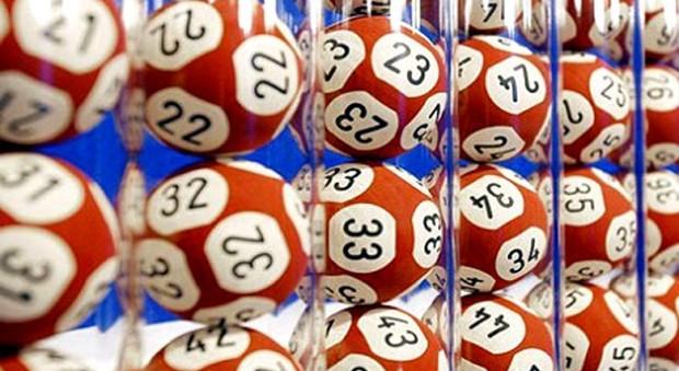 Estrazione del Lotto di oggi, giovedì 27 aprile. Superenalotto, nessun sei né 5+