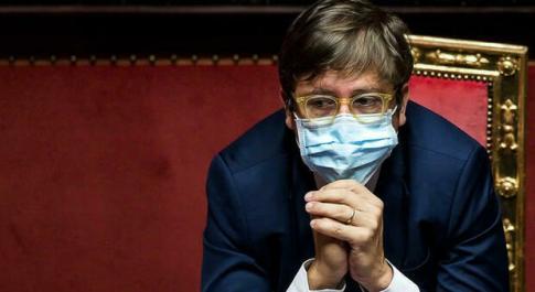 Domenica In, Pierpaolo Sileri: «Basta terrore e no al tampone a chi è vaccinato, la popolazione deve sentirsi libera»