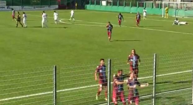 L'esultanza di Esposito sul gol dell'1-1
