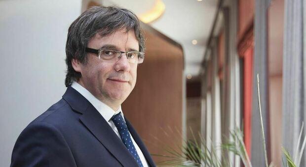 Puigdemont libero, «l'ex presidente della Catalogna può lasciare la Sardegna»