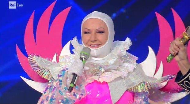 Il Cantante Mascherato, l'Unicorno è Orietta Berti. La delusione: «Avevo così tante canzoni da cantare...»