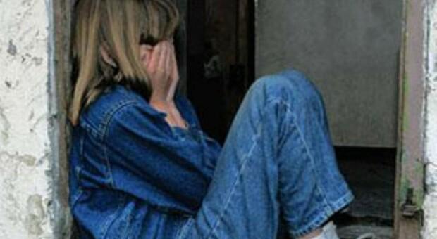 Roma, punizioni choc alle figlie: testa nella lavatrice e Natale senza cena: mamma a processo