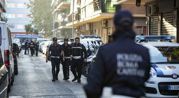 Sequestri, rapine e botte con mazza ferrata. Sei arresti a Ostia: «Vicenda simile a quella di Willy»