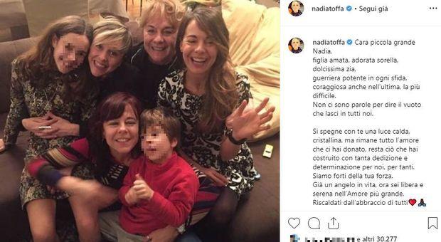Nadia Toffa, l'ultimo saluto della famiglia sul suo account Instagram: « Già un angelo in vita, ora sei libera e serena».