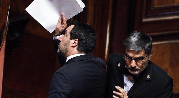 Gregoretti, sì del Senato al processo a Salvini. Lui: «Difendere confini era mio dovere»