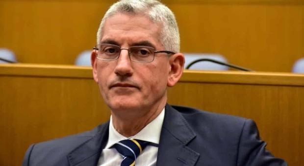 Servizi, all'Aise Caravelli subentra a Carta, scontro sul nome di Mancini come vice