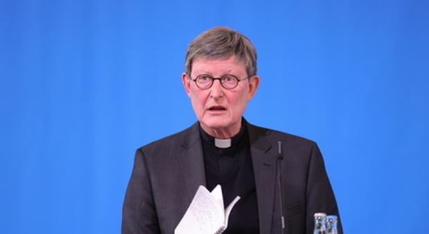 Papa Francesco sospende per 6 mesi il cardinale Woelki per come sono stati gestiti gli abusi a Colonia