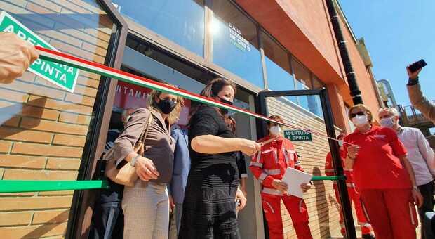 Inaugurati gli hub vaccinali alla Abbvie di Aprilia e alla ex Rossi Sud a Latina