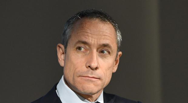 Poste Italiane, Del Fante racconta al Financial Times la strategia per la modernizzazione dell'azienda