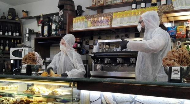 Virus e Fase 2, governo allenta misure: negozi 11 maggio, bar e ristoranti 18