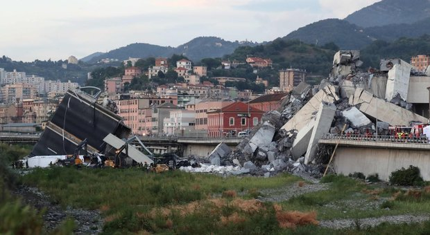 Genova, vivi grazie alla PlayStation, mamma rivela: «Scampati al crollo del ponte perché i miei due bimbi non volevano smettere di giocare»