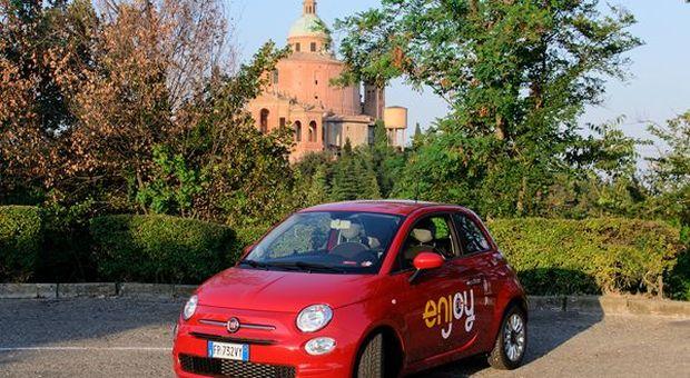 Eni: al via la collaborazione tra Enjoy e Waze per migliorare la mobilità