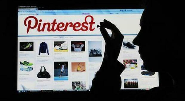 Pinterest costretta a risarcire 22 milioni di dollari alla sua ex direttrice operativa licenziata perché parlava di parità di salario